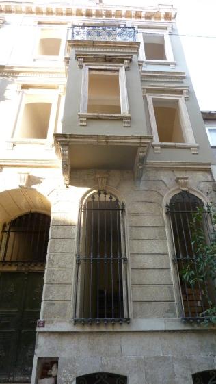 Exterior of the apartment at Emin Cami Sokak, 41, Beyoğlu, Istanbul, Turkey